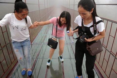 glass-skywalk-7[6]