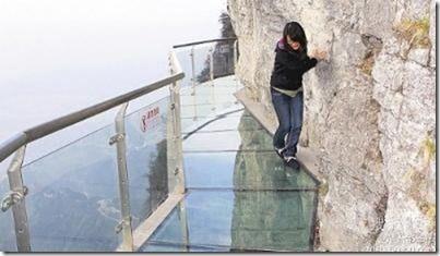 walk-torture-world-s-highest-see-through-glass-bottom-bridge-china-opened-july-16881222